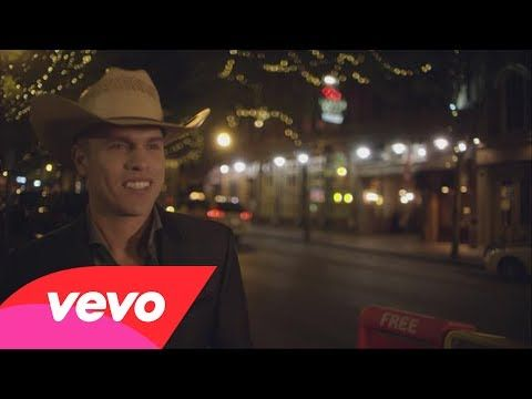 Dustin Lynch is coming to the IMU Main Lounge NEXT FRIDAY!!