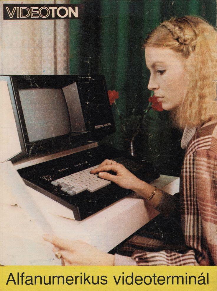 Videoton alphanumeric video terminal, 1979.