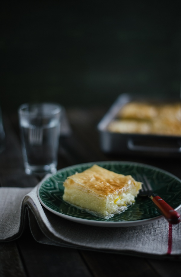 Ggalaktoboureko / Greek Semolina Custard Pie Recipe (Souvlaki For The Soul)