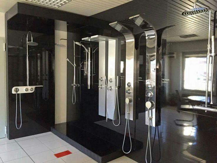 Sanicro 🇮🇹 produce con passione, pannelli doccia a Brescia dal 1980, con cura del materiale e design raffinato. Scopri qui i prodotti ➡ https://italiarredo.eu/15_sanicro  #italiarredo #ArredoBagno #Doccia #Bathroom #Sanicro #ShopOnLine #MadeInItaly #Design #Bagno