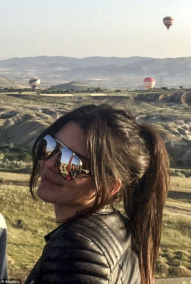 Up, up and away! Kendall Jenner took a trip on a hot air balloon in Nevsehir, Turkey on We...