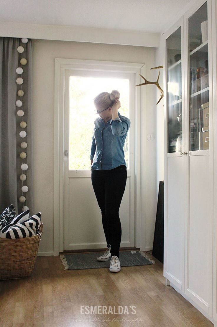 Chambray and black jeans - Esmeralda's