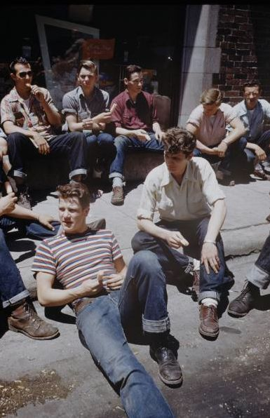 Teddy Boys in 1950. Their style is youthful and dynamic! I think they follow street style?