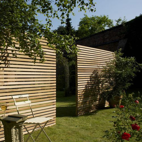 Brise-vue panneau / en bois WESTERN RED Silva Timber Products