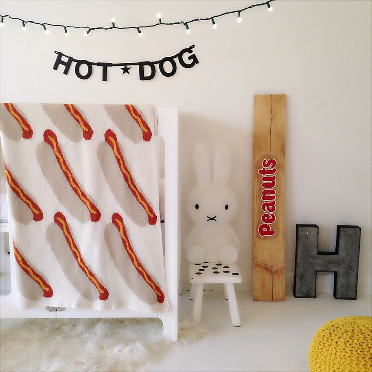 Eco Hot Dog Baby Blanket - Spearmint LOVE