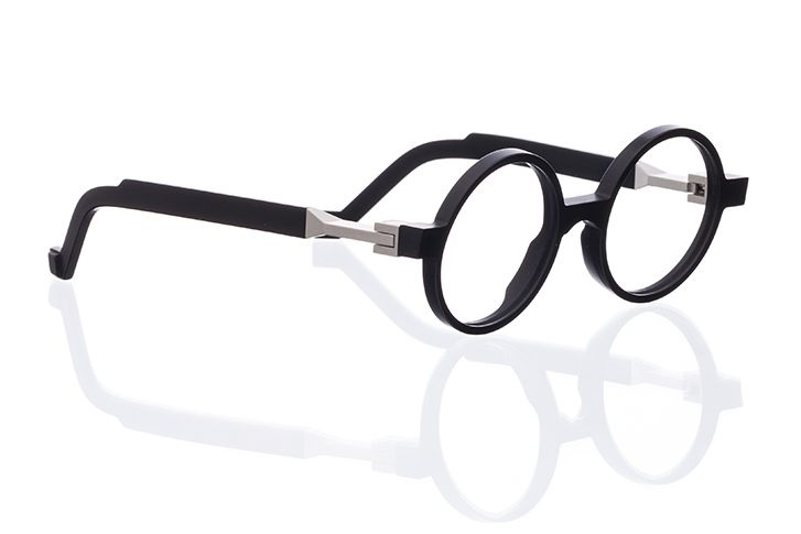 opticals by VAVA, made with aluminum hinges and Mazzucchelli bioPlastic cellulose acetate frames