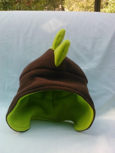 'Child's fleece dinosaur hat' is going up for auction at 10am Tue, Sep 11 with a starting bid of $10.