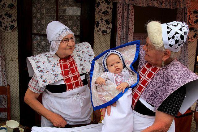 Spakenburg, traditional costume (The Netherlands) | Flickr - Photo Sharing! #Utrecht #Spakenburg