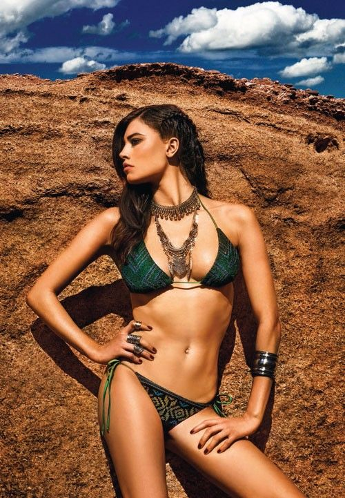 Manifesto collection by @mitoswimwear  is a bold manifestation of the sensual mystery, intricate culture, and colorful temperament of the Mexican civilization.