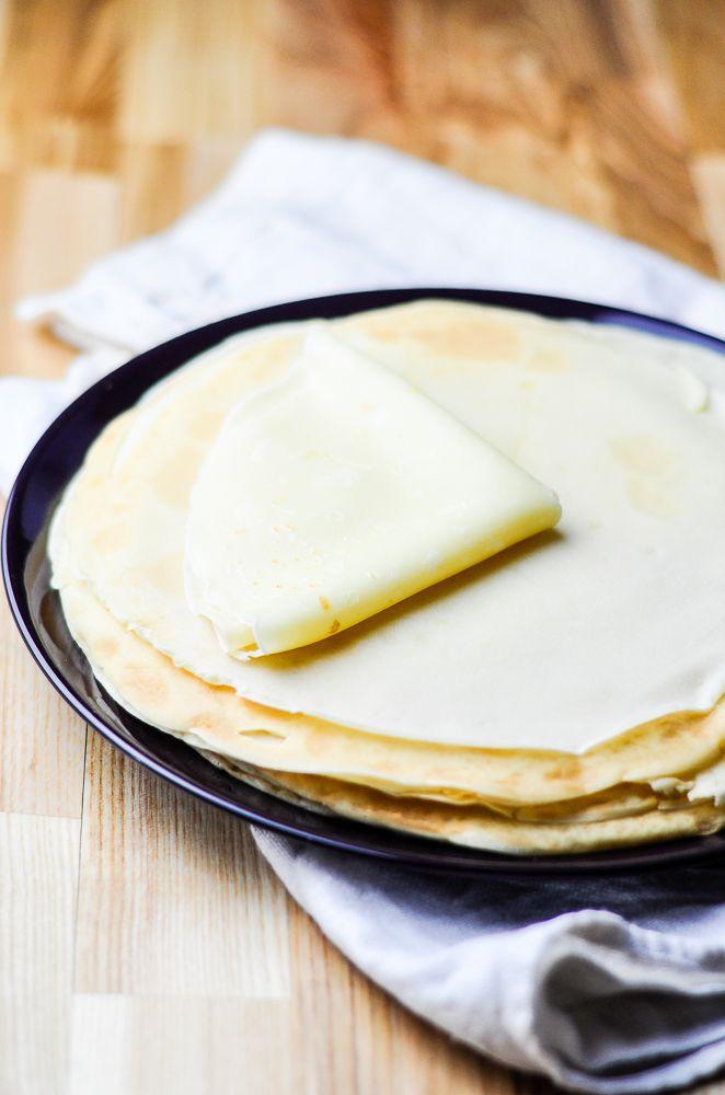 Najprostszy i najszybszy przepis na naleśniki, które przygotujesz w zaledwie kilka minut. Idealne naleśniki na śniadanie lub podwieczorek!