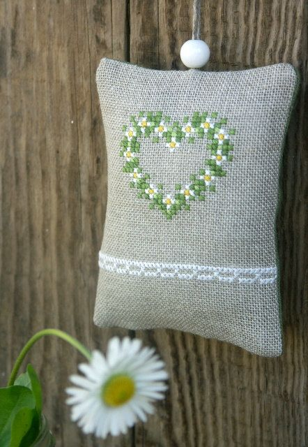 embroidered linen ornament / lavender sachet - daisies and a heart