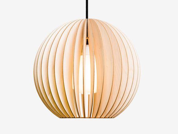AION hanglamp gemaakt van hout licht hout van IUMIDESIGN op Etsy