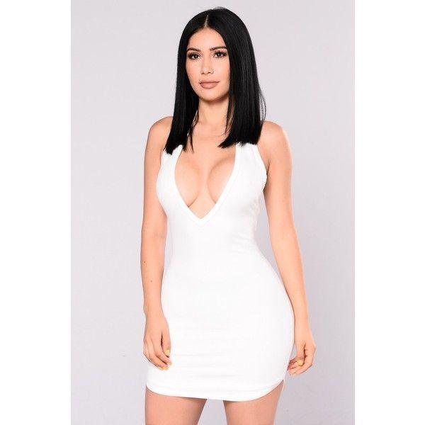 Kenji Halter Dress White ($10) ❤ liked on Polyvore featuring dresses, halter-neck dresses, open back halter dress, halter dress, white dress and white v neck dress