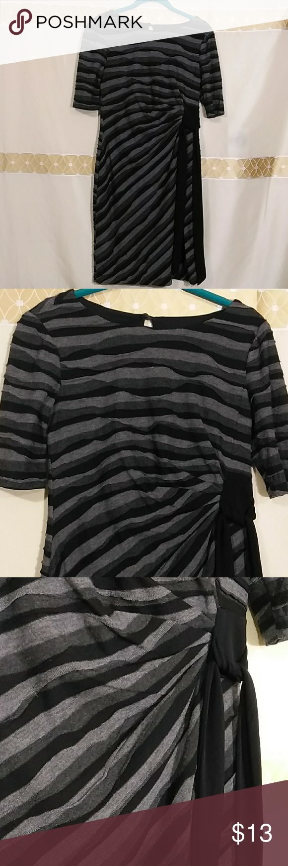 Layered zebra Print dress I-243 Career woman dress/casual. Long sleeve  color gray and black layered sewn. Rouching on the side and fabric to tie a ribbon. Great condition.  Measurements laying flat  Bust:16 inches Waistline :14 inches Length:36 inches Sleeve:11 inches Connected Apparel Dresses Long Sleeve