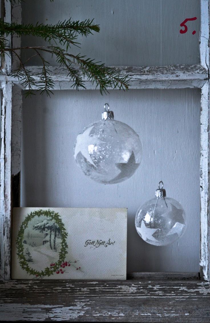 BaublesGlasses Ornaments, Christmas Crafts, Stars, Simple Christmas, Les Fifol, Christmas Decor, Christmas Ornaments, Painting, Christmas Ideas