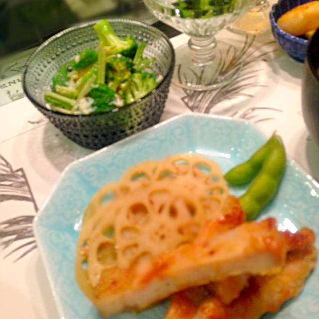 お呼ばれディナー - 8件のもぐもぐ - 那須高原豚味噌焼き、湯葉とオクラブロッコリーのサラダ、帆立貝柱バター炒め、ほうれん草の柚子胡椒胡麻和え など by yummers