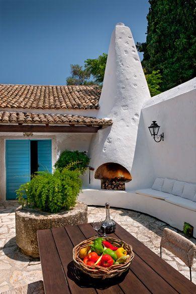 Une maison accueillante | luxe, vacances, villas de luxe. Plus de nouveautés sur http://www.bocadolobo.com/en/news-and-events/