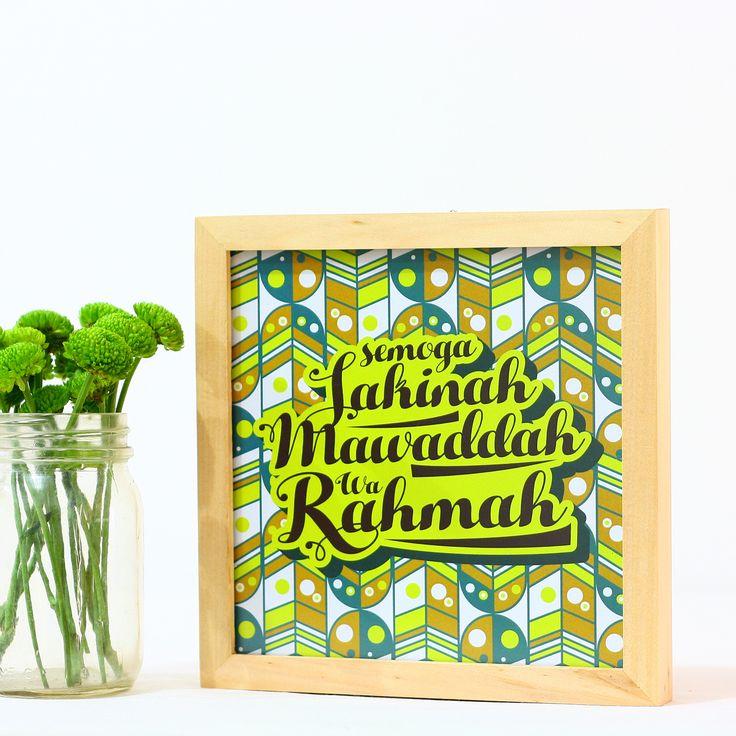 Sakinah Mawaddah Wa Rahmah (APR16-06)Mencari kado pernikahan yang tidak biasa? Hiasan dinding ini bisa menjadi solusinya! Selain berfungsi sebagai dekorasi rumah, kado ini bisa sebagai alat penyampai pesan berupa doa-doa kita untuk calon pengantin.