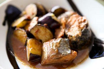 鯖みそとなすの炒め物