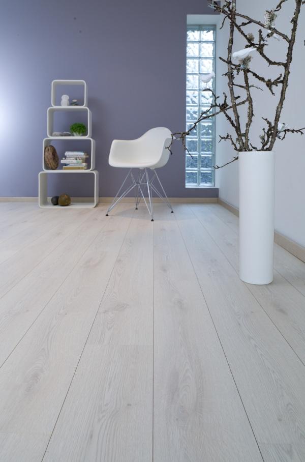 658531 wsot lys eik plank alloc laminatgulv baderomspanel parkett eller dette. Black Bedroom Furniture Sets. Home Design Ideas