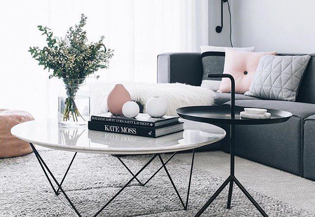 Jewellery tray ➰  @oh.eight.oh.nine is the style queen- look at that beautiful lounge room!! I can spy our jewellery tray, which can be used to display candles too. Hurry, only 3 left in stock. Shop the look online!