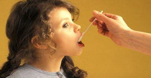 Όταν το παιδί εμφανίζει παρενέργειες από φάρμακα: http://biologikaorganikaproionta.com/health/251580/