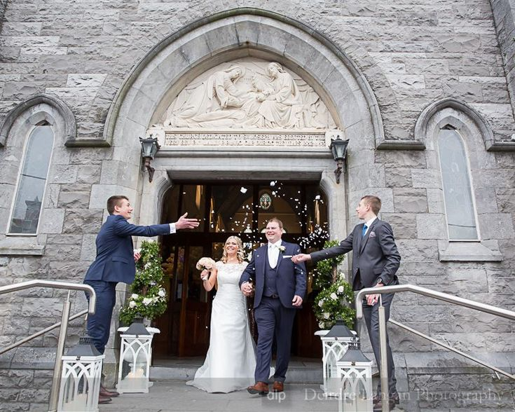 ur truly beautiful bride, MaryTheresa is wearing Agnes Bridal, captured beautifully by Deirdre Langan Photography