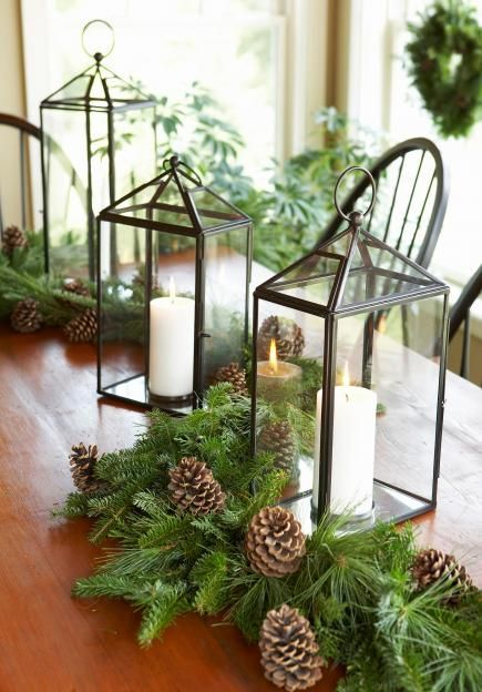 50 easy christmas centerpiece ideas classic pine and holiday - Decoration table nature ...