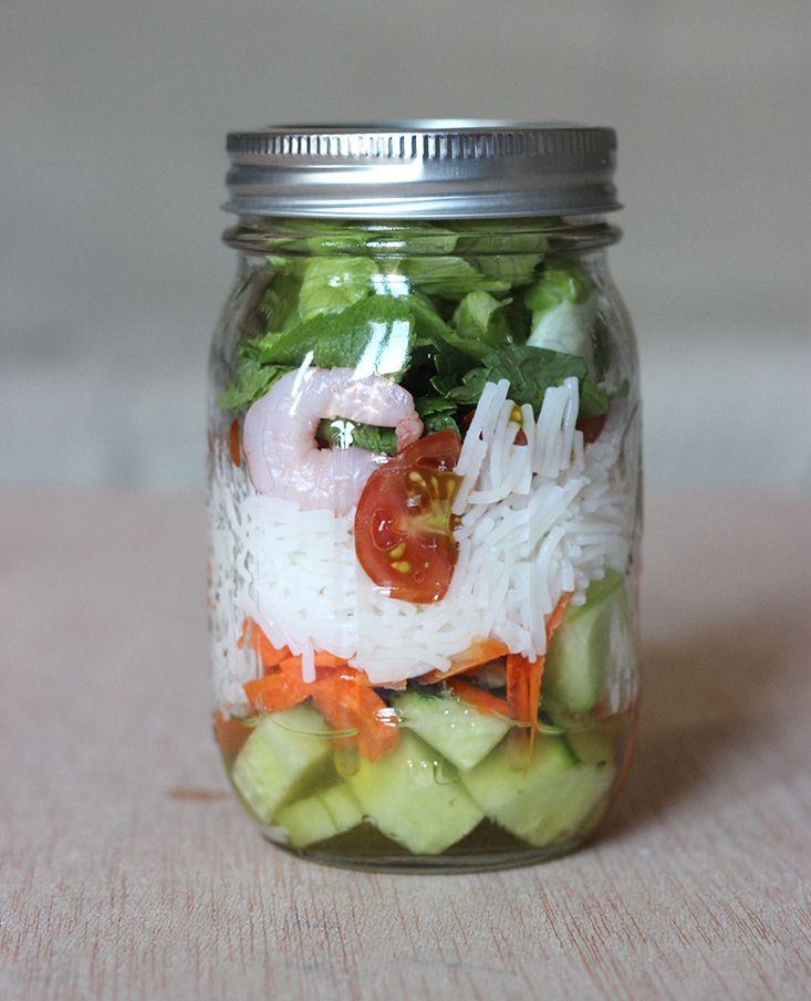 Salade d'inspiration asiatique à emporter