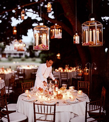 I love everything being under the trees and the hanging candles!