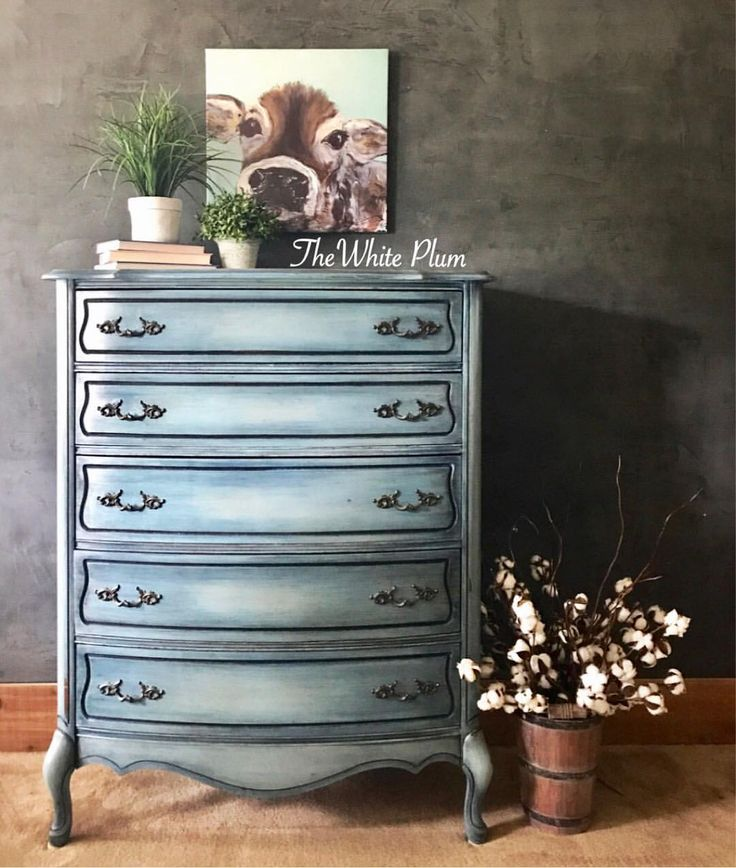 Painted in Annie Sloan Napoleonic Blie, Provence and Duck Egg with Black Wax.