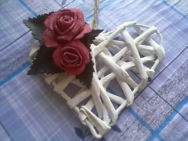 papier - srdce/  paper heart  rose made of cardboard egg