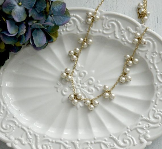 Купить Длинные жемчужные ожерелья, сливочный Перл Длинное ожерелье, жемчужное Ожерельеи другие товары категории Подвескив магазине City lovers Liu YanxiaнаAliExpress. ожерелье ожерелье и ожерелье долго