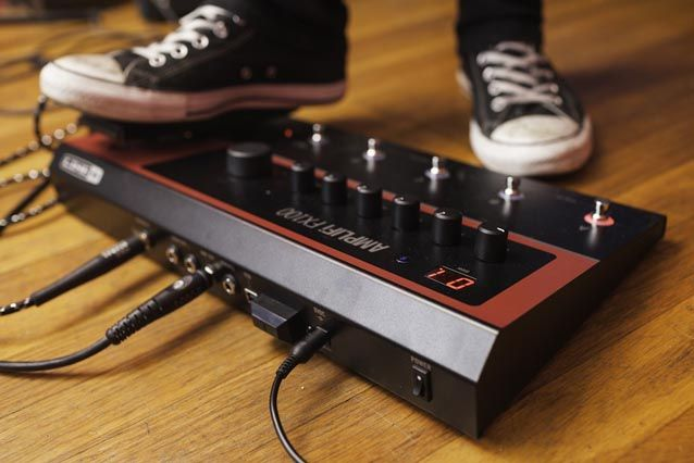 Gearjunkies.com: Line 6 presents Amplifi FX100 Multi-Effects Pedal