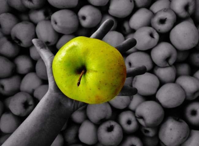 The Green Apple - benijB