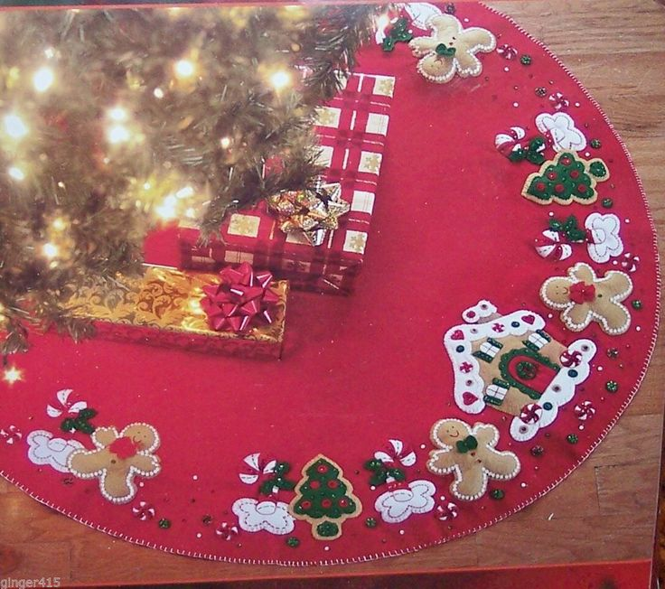 "Bucilla ''GINGERBREAD HOUSE"" Christmas Tree Skirt Felt Kit- Sterilized Cookies"