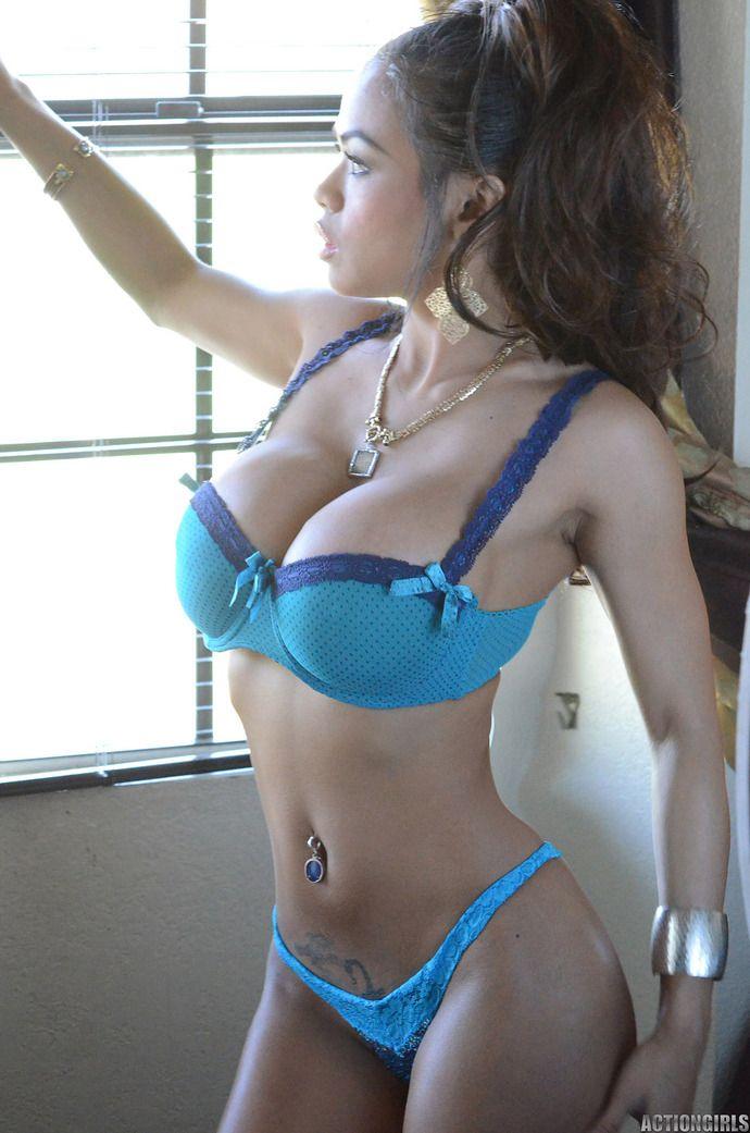 Heather graham photos naked nude