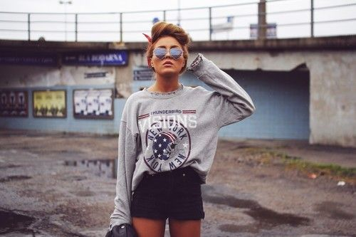 thunderbird visions hipster hipsters girl style fashion grunge sunglasses shade shades photoshoot model models photo shoot pictures picture posing posses