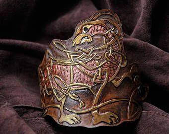 LEATHER BRACERS VIKING knot deeply carved celtic pattern decorative wrist cuff original design elven larp bracelet beast motif mythology dog #leather #celtic #bracelet #viking #pattern