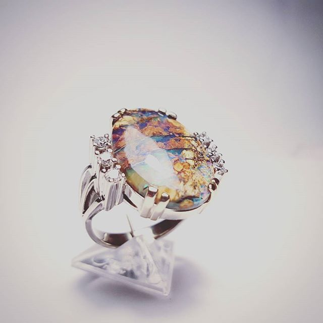 Diamonds and beautiful, one of a kind opal in white gold. #goldsmith #jewelry #sobeautiful #gcdesign #diamondsareagirlsbestfriend #custommade #jewelrydesign #jewelryaddict #workshop #whitegold #eyecatching #exlusive #opal #oneofakind #ring #stone #gems #gemstone #bling #modern #accessories #special #fashionjewelry