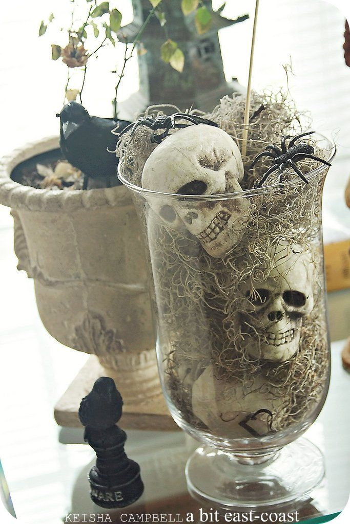 halloween decoration jars of skulls spiders ravens - Decoration Halloween