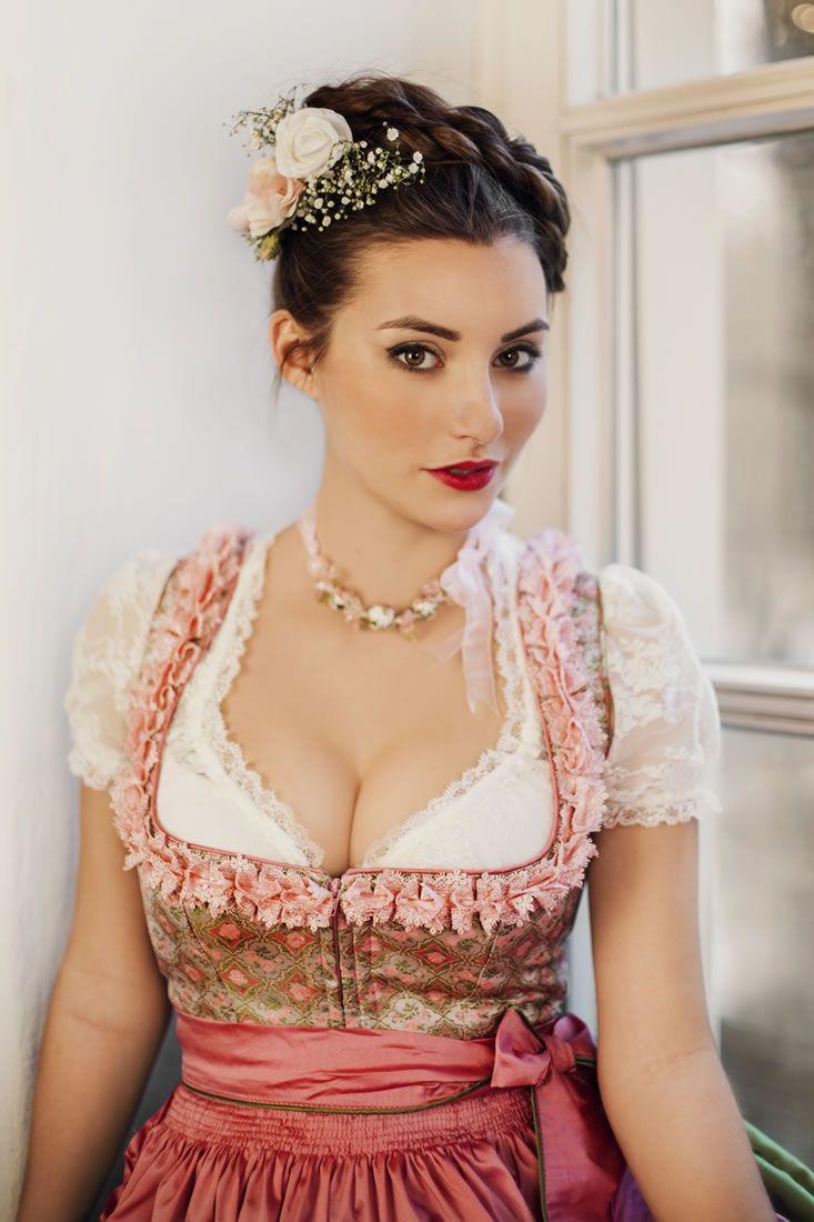 #Farbbberatung #Stilberatung #Farbenreich mit www.farben-reich.com Alina - Melega Fashion