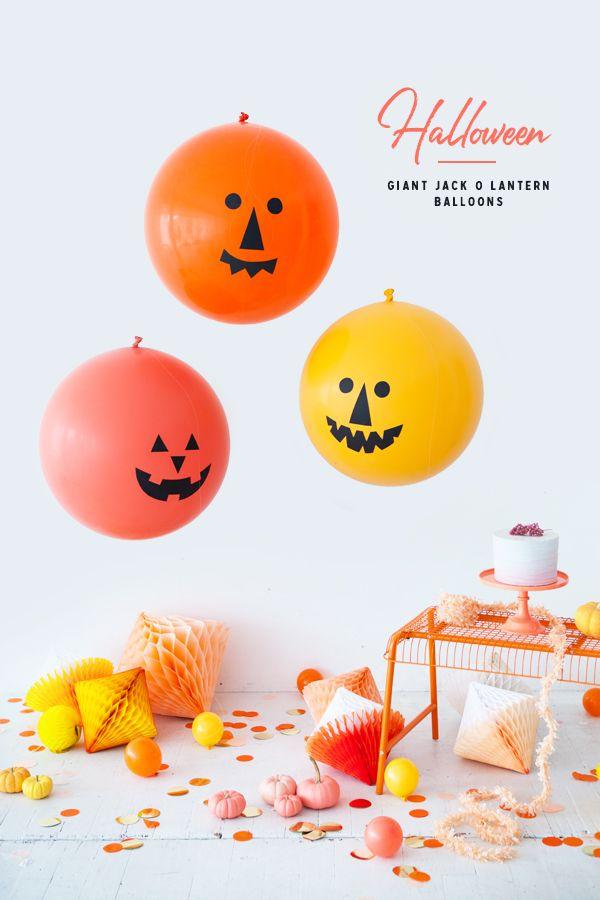 Giant Jack O' Lantern Balloons