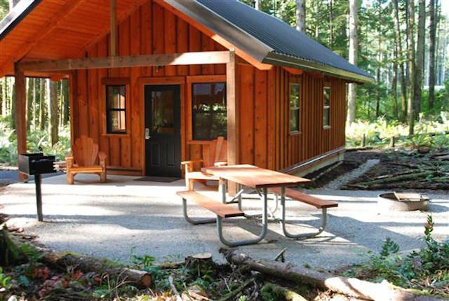 Best 25 camping cabins ideas on pinterest small cottage for Camping cabins plans