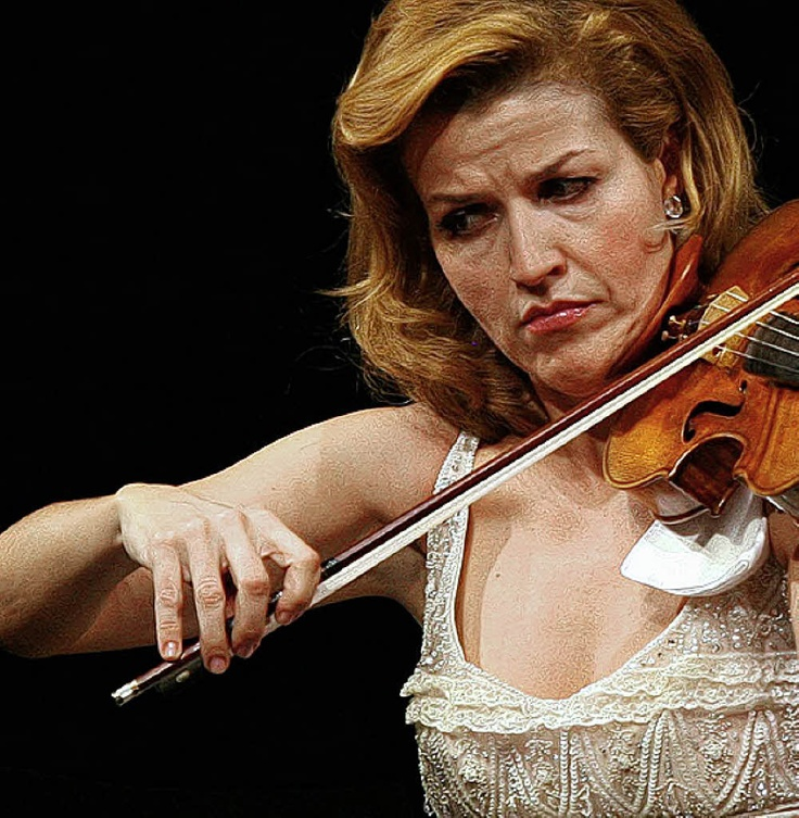 Anne Sophie MutterAnne-Sophie Mutter is a German violinist. Supported early in her career by Herbert von Karajan, she has built a strong reputation for championing contemporary music with several works being composed ... Wikipedia Born: June 29, 1963 (age 52), Rheinfelden, Germany Spouse: André Previn (m. 2002–2006), Detlef Wunderlich (m. 1989–1995) Children: Richard Wunderlich, Arabella Wunderlich Music groups: Berlin Philharmonic, Camerata Salzburg