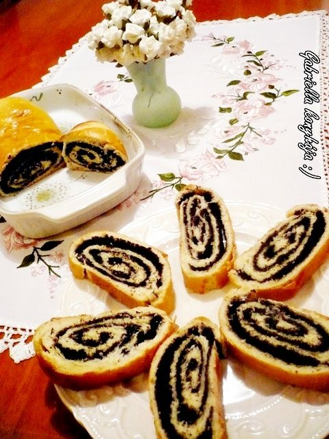 Gabriella kalandjai a konyhában :): Mákos kalács