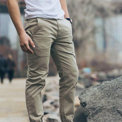 © #TipPradaMx Las sandalias trenzadas son un #TrendAlert en la moda masculina para este #SS16. Guapo, moderno y cómodo en los días de calor.