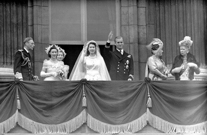 Wedding: Princesses Margaret, Queen Elizabeth, King George, Prince Philip, Buckingham Palaces, Queen Mary, Elizabeth Ii, Lady Mary, Princesses Elizabeth