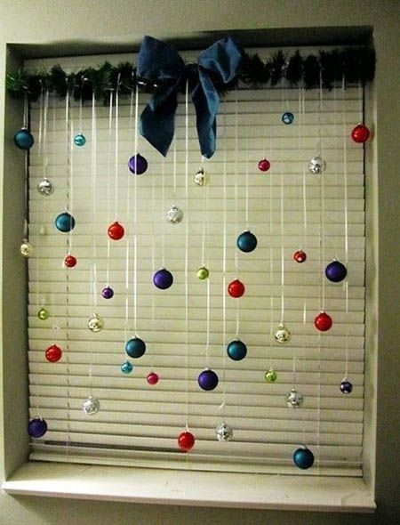 17 best ideas about Christmas Window Decorations on Pinterest ...