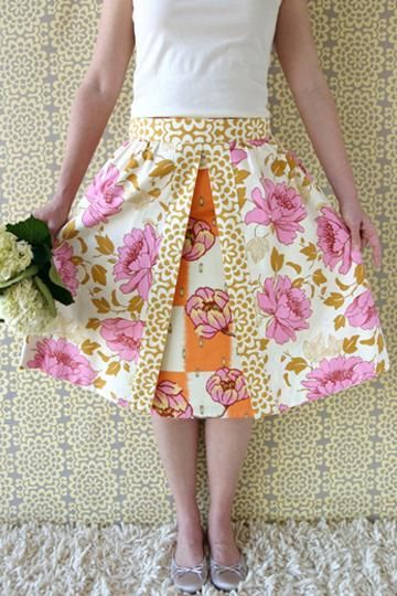 Amy Butler's apron overlay & a-line skirt.  Love this.  Need to find some fabrics for it.